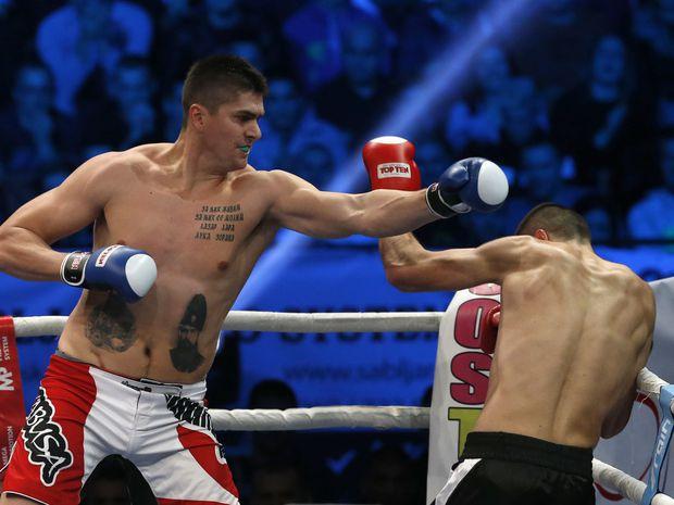 Darko Miličič (vľavo) to po konci basketbalovej kariéry chvíľu skúšal ako kickboxer.