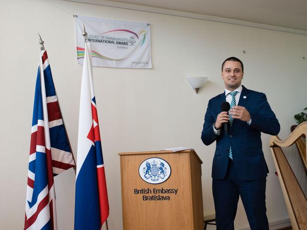 Marián Zachar je spoluzakladateľom a riaditeľom programu Medzinárodná cena vojvodu z Edinburghu Slovensko.
