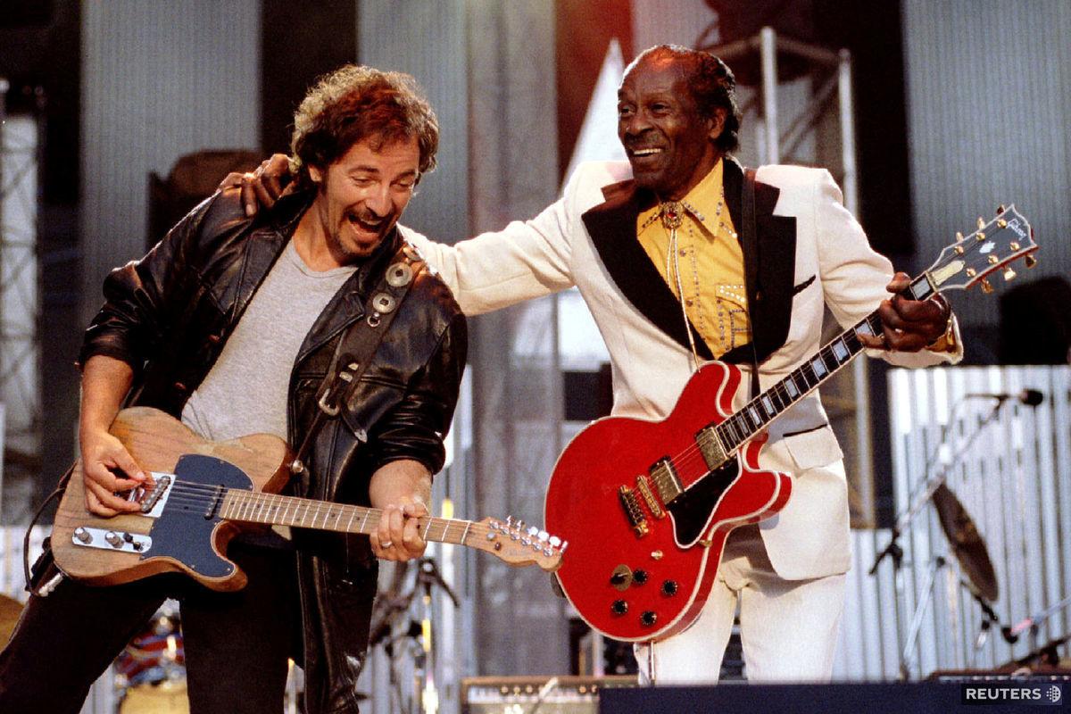 S Bruceom Springsteenom si Berry zahral v roku 1995 na koncerte organizovanom Rokenrolovou sieňou slávy. Berry spolu s Jamesom Brownom či Elvisom Presleym patril k prvým hudobníkom, ktorých do nej v roku 1986 uviedli.