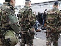 vojaci, francúzsko, orly, útok