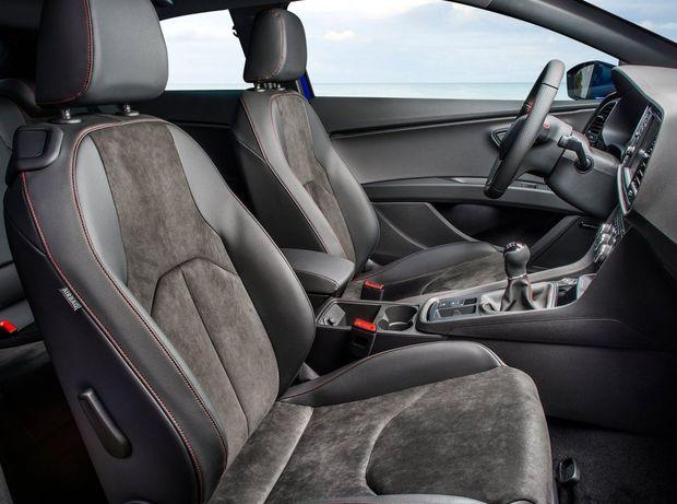 Nová luxusná verzia Xcellence môže byť čalúnená Alcantarou.