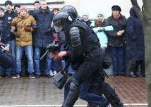 Bieloruská polícia rozohnala demonštráciu v Minsku