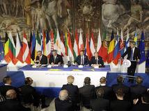 Lídri 27 krajín EÚ sa v Ríme prihlásili ku spoločnej budúcnosti