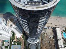 Porsche Tower - Miami Dezervator