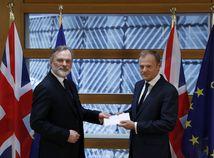 Štart brexitu: List z Londýna je v Bruseli