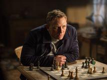 Bude James Bond bojovať s Donaldom Trumpom?