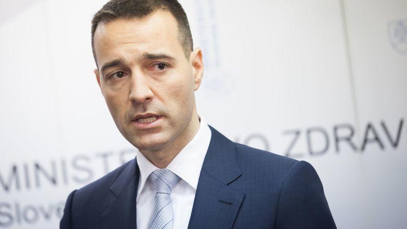 909f2bf7a16d9 Drucker chce dofinancovať VšZP, INEKO mu navrhuje, aby s tým počkal - Domáce  - Správy - Pravda.sk