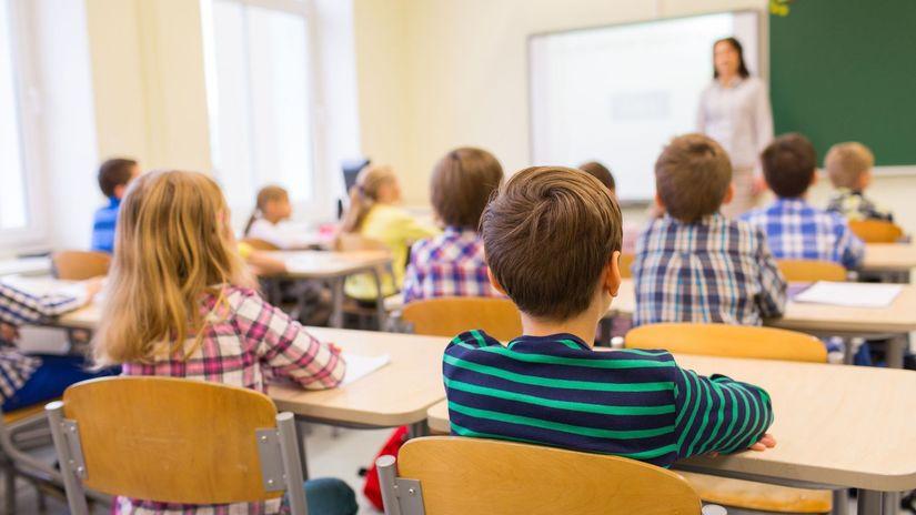 Budú sa deti povinne učiť dva cudzie jazyky  - Domáce - Správy - Pravda.sk 73fb61185c5