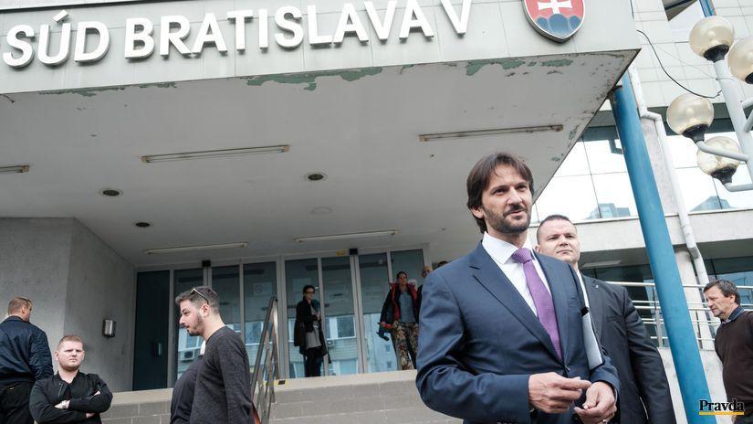 V kauze Filipa Rybaniča vypovedal minister Kaliňák - Domáce - Správy - Pravda.sk