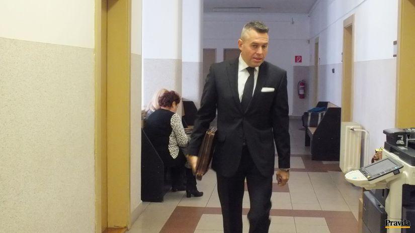 Smerácky exposlanec Jánoš definitívne nespáchal zločin v kauze týrania ženy a dcéry, rozhodol súd - Domáce - Správy - Pravda.sk