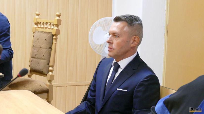 Súd rozhodol, že exposlanec  Smeru Jánoš nespáchal zločin - Domáce - Správy - Pravda.sk