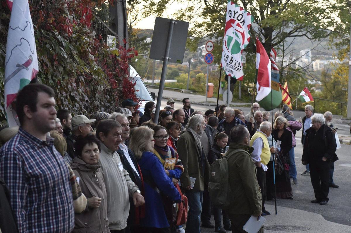 Венгры бегут глава МИД Украины рассказал о ситуации в Закарпатье