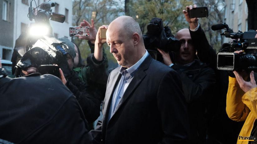 Úteku Ruska má zabrániť náramok - Domáce - Správy - Pravda.sk