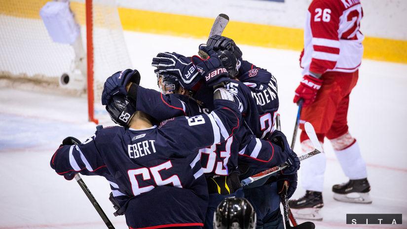 Slovan zlomil Kchun-lun v predĺžení 57a41f34646