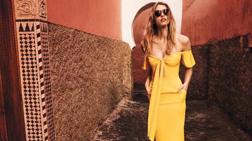 2fcd19de2f9d Žltý ošiaľ na šatách  Máme inšpirácie na odtieň