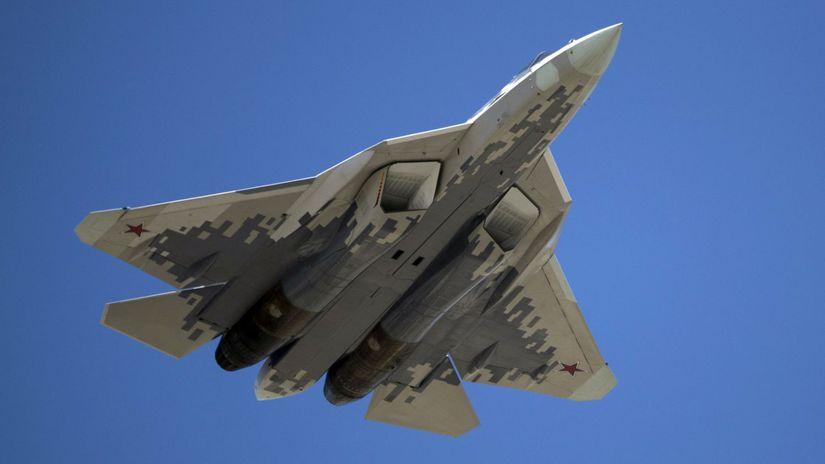 Rusko zverejnilo video svojich stíhačiek Su-57 - Svet - Správy ... e0561966e88