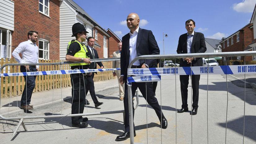 Britský minister vnútra navštívil Amesbury, verejnosť uistil o bezpečnosti - Svet - Správy - Pravda.sk