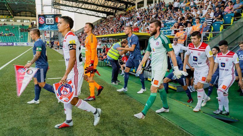 a4043d4d12 Trenčín ukazuje jednu z ciest. Rybníček  Zastupujeme slovenský futbal - Európska  liga UEFA - Futbal - Šport - Pravda.sk