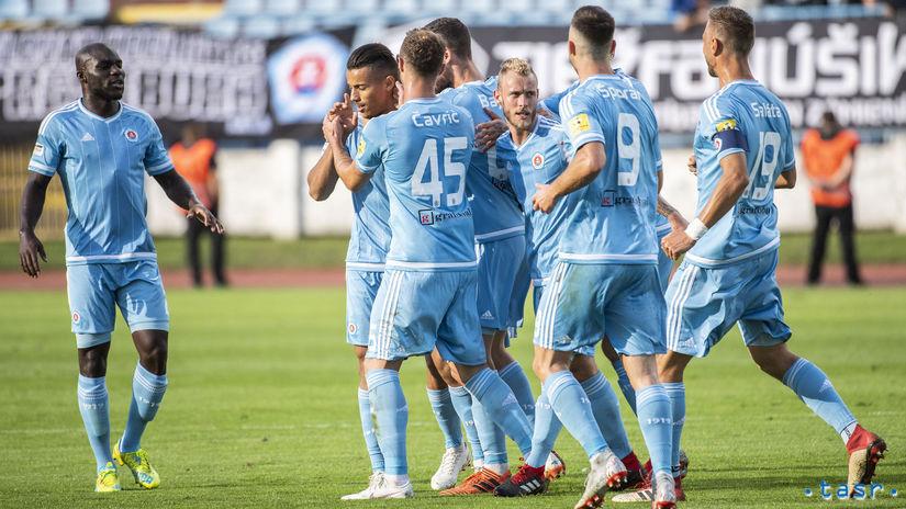 d5f443aa9 Slovan po dráme zdolal DAC, Žilina rabovala u majstra - Fortuna liga -  Futbal - Šport - Pravda.sk
