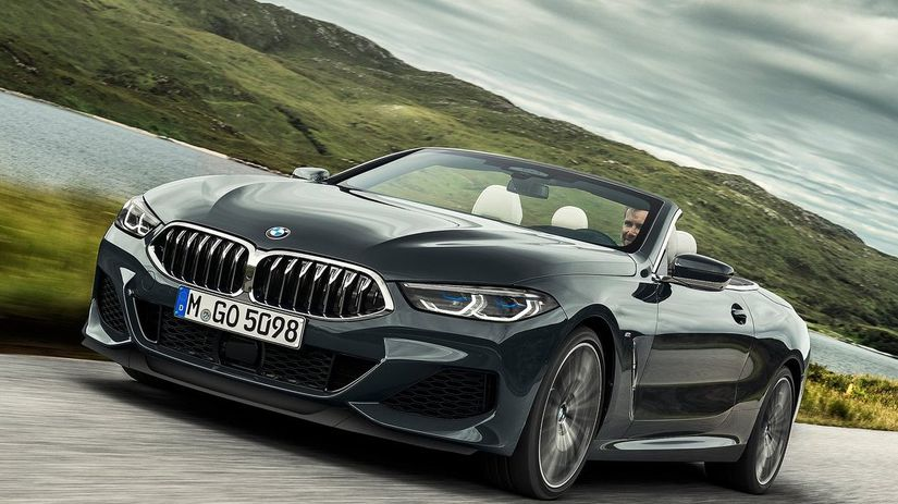 Bmw 8 Top Coupe Runs On Roof News Auto Aazor