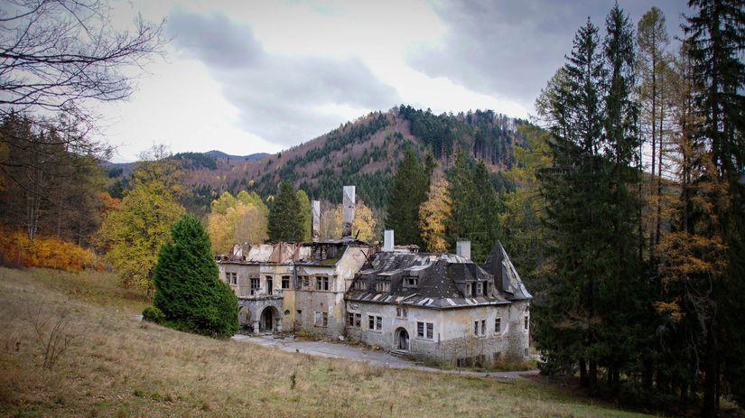 093cf9a28009 Signatári petície za záchranu Kuneradského zámku žiadajú o pomoc ...