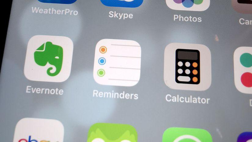 efd2db8d82a0 Tip  Nový mobil  Tieto aplikácie si doň určite nainštalujte - Komunikácia -  Veda a technika - Pravda.sk