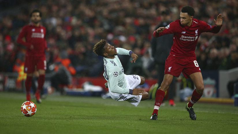 178a7f11cd855 Futbalová nuda. Liverpool s Bayernom aj Barcelona s Lyonom hrali bez ...