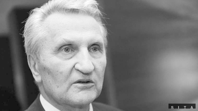 e8f78c90b919c Smutná správa. Na večnosť odišla hokejová legenda Ján Starší ...