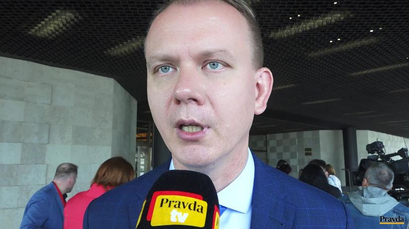 Fico a Matovič naložili Beblavému za Gorilu. Beblavý: Nie som tam spomenutý - Domáce - Správy - Pravda.sk