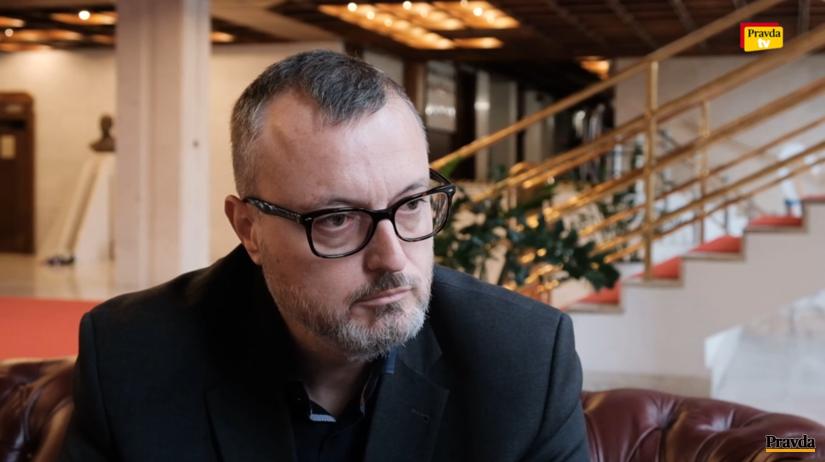 Nebol som Haščákov a Bubeníkovej človek vo FNM, hovorí Krajniak - Domáce - Správy - Pravda.sk