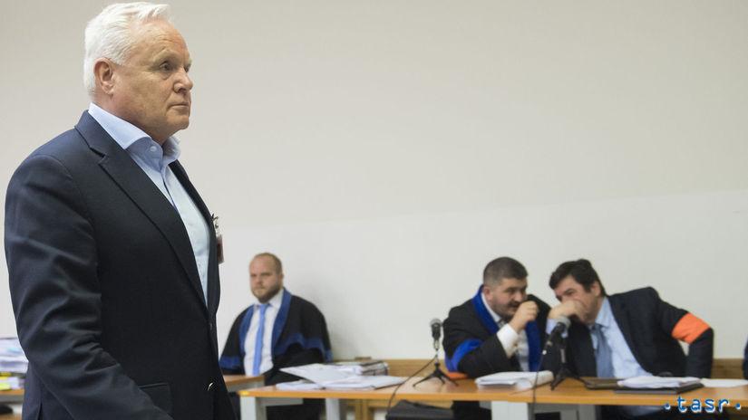 Pojednávanie v kauze zmenky pokračuje, vypovedal František Mojto  - Domáce - Správy - Pravda.sk