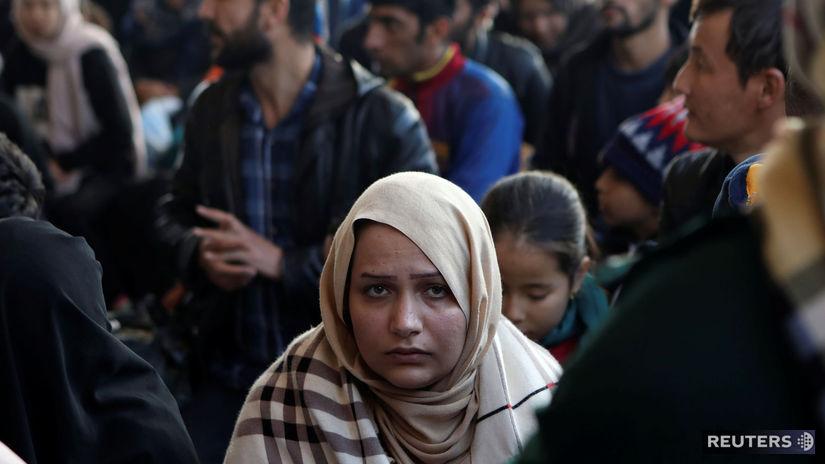 Gréci obvinili ľudí z mimovládok, že pomáhajú prevádzačom pašovať migrantov - Svet - Správy - Pravda.sk