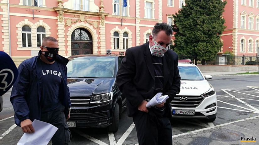 Kauza Dobytkár: Kajúcnik mal manipulovať výpovede voči exriaditeľovi PPA, polícia to odmieta - Domáce - Správy - Pravda.sk