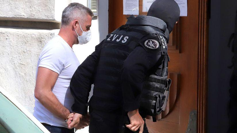 Bývalí vysokí policajní funkcionári vrátane Gašpara z akcie Očistec zostávajú vo väzbe - Domáce - Správy - Pravda.sk