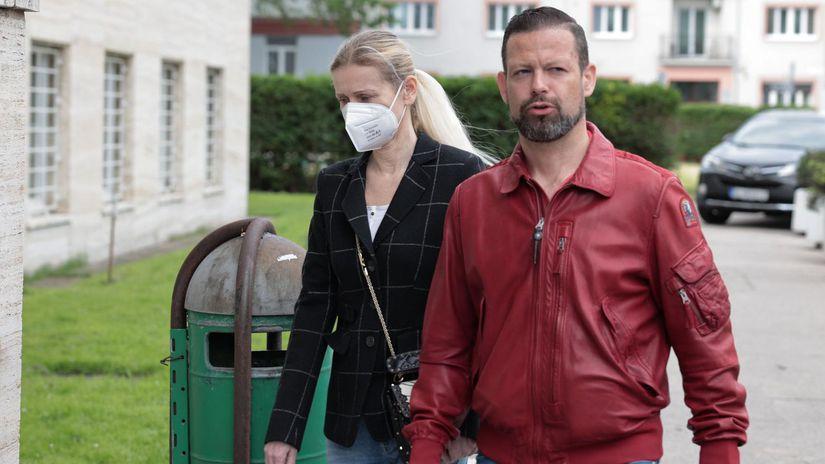 Jankovská ide na slobodu. S monitorovacím náramkom - Domáce - Správy - Pravda.sk