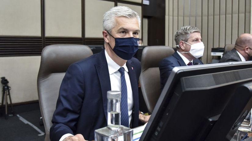 Korčok: Očkovanie Sputnikom budeme u cudzincov zrejme uznávať - Domáce - Správy - Pravda.sk