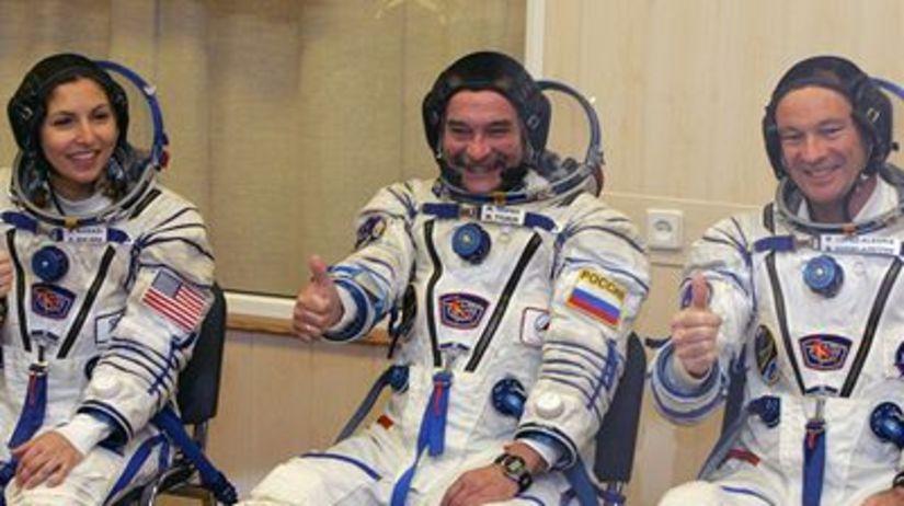 Ruský kozmonaut Michail Tjurin, Američan...