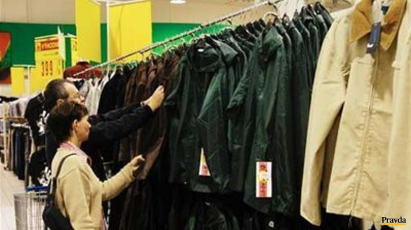 f146842d6 Teplo urýchlilo výpredaje oblečenia - Ekonomika - Správy - Pravda.sk