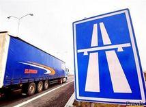 Diaľnica, kamión
