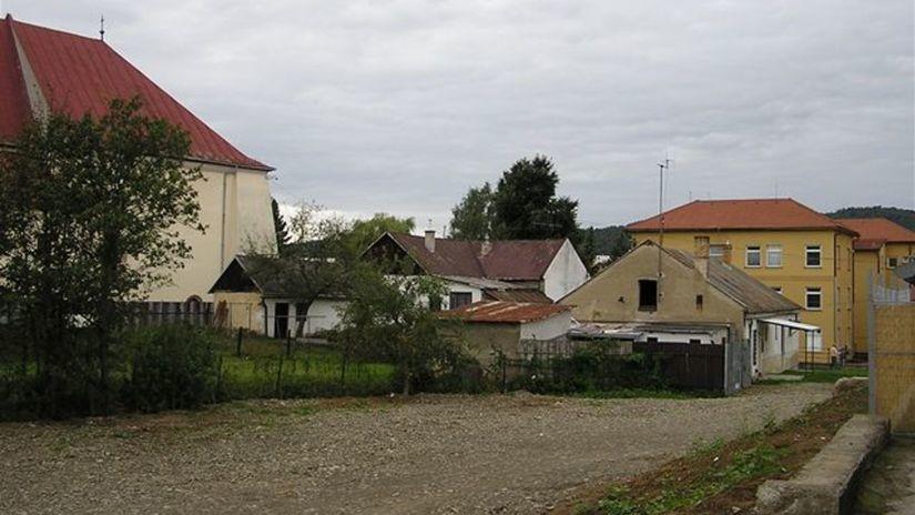 Centrum v Stropkov, mesto, domy