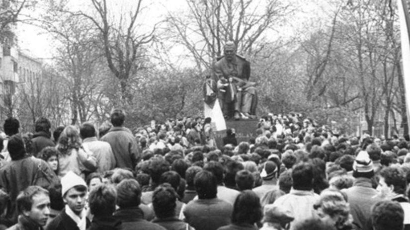 Nežná revolúcia v Bratislave