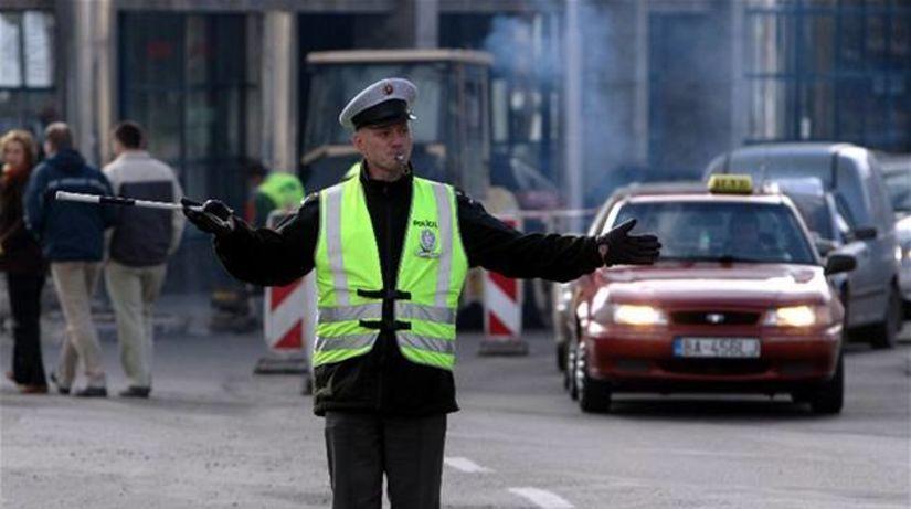 Polícia, dopravný policajt