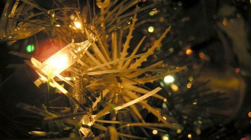 Vianoce, vianočný stromček, výzdova, sviečky