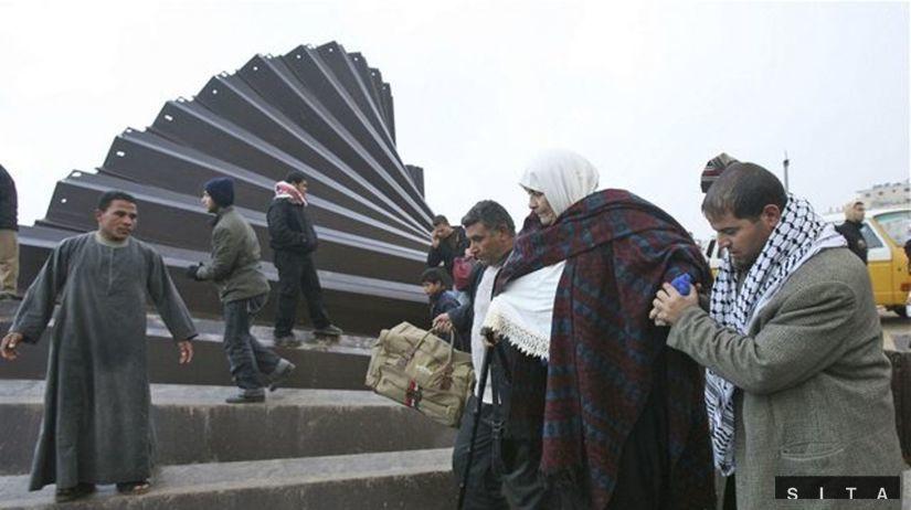 Palestínčania prúdia do Egypta pre zásoby