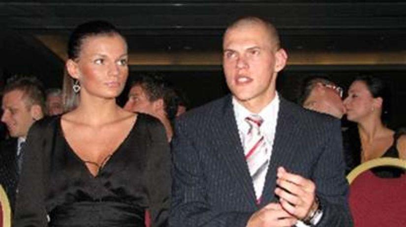 Martin Škrtel s priateľkou