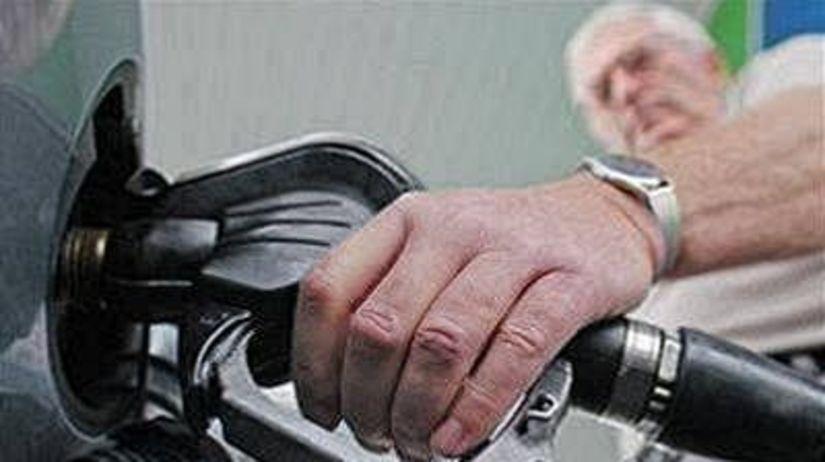 Nafta, benzín, tankovanie