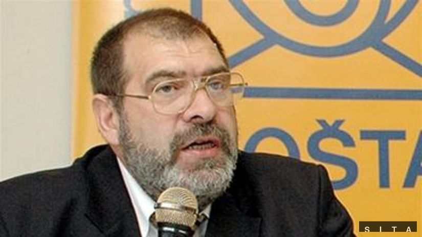 Predseda parlamentu Rómov - Ladislav Fízik.