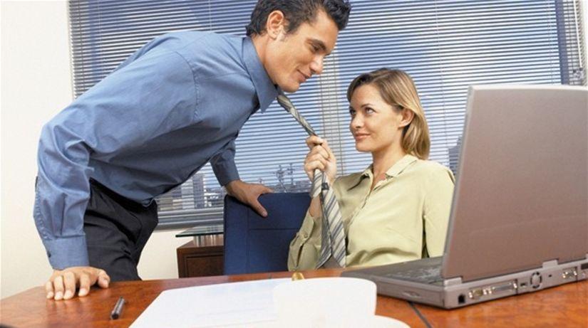 práca - vzťah - obťažovanie - klebety - žena -...