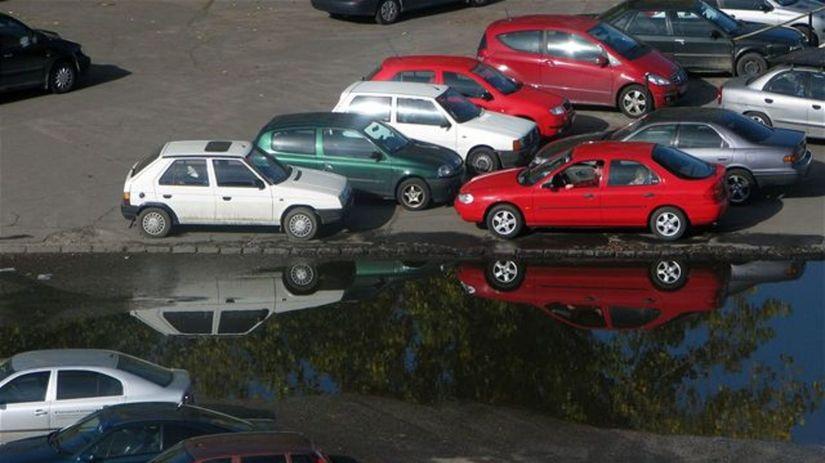 auto, autá, doprava, benzín, ropa, parkovanie