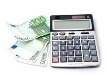 Dane, peniaze, kalkulačka, euro